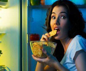 Σούζη τρως. Και τρως και ψεύδεσαι!