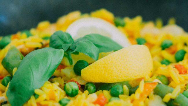 Εύκολη σαλάτα με ρύζι