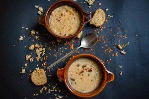 Ξινόχοντρος κρητικός σούπα